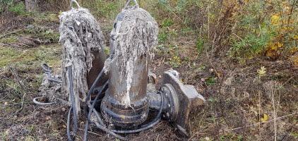 Wet wipes stuck in pump